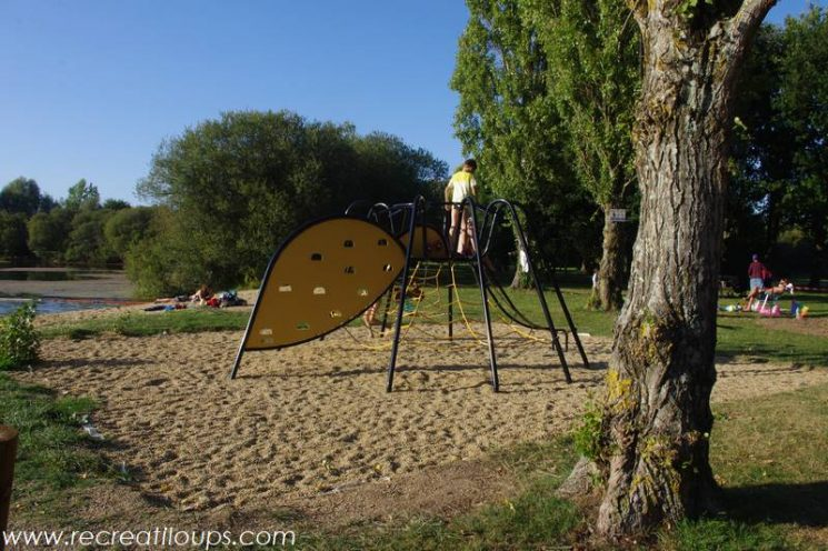 Aire de jeux à Saint-Lyphard